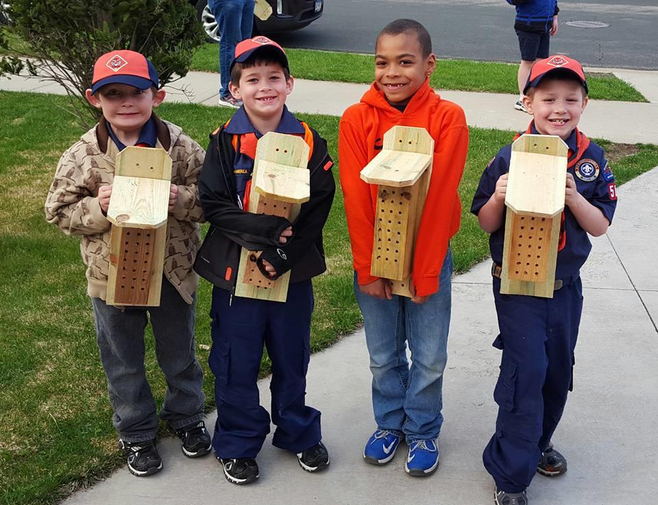 Bee Box Volunteers