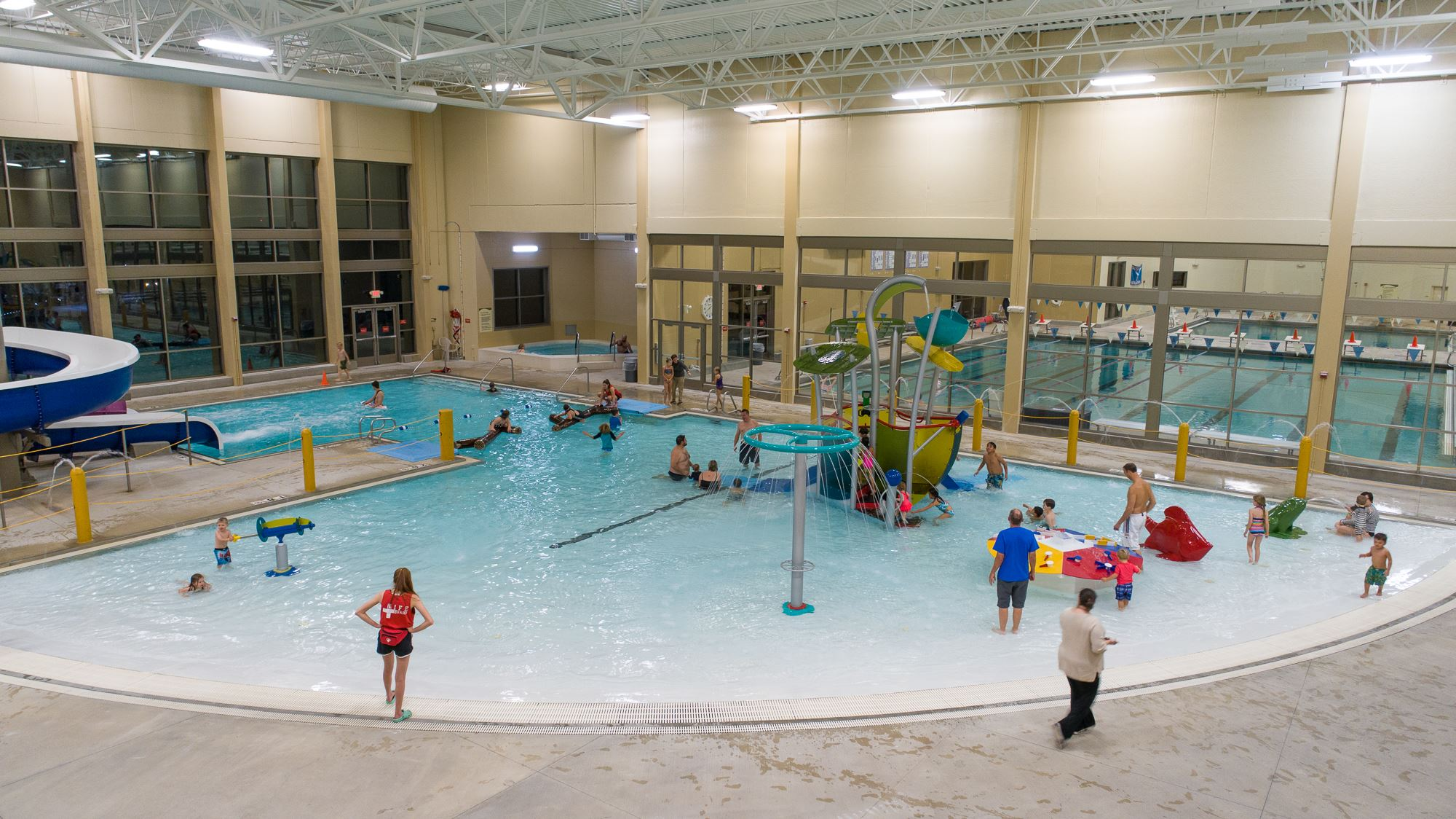 aquatic center full span